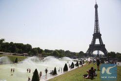 ¡¡Calorrr en París…!! Temperatura alcanzó los 42,6 grados centígrados, la más alta que se haya registrado en la capital francesa