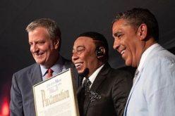 El Bachatú está feliz… Alcaldía declara el 8 de agosto como el Día de Anthony Santos en Nueva York