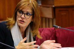 Vicepresidenta de Perú renunció al cargo por entender que el presidente Vizcarra incurrió en «ruptura del orden constitucional» al disolver el Congreso