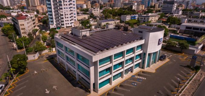 Dicen Banco Popular consolida posición como primera institución de RD con mayor capacidad de generación de energía solar