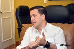 Hugo Beras explica razones lo llevaron a retirar candidatura alcaldía DN; confirma «En política hay cosas que se ven y cosas que no se ven»