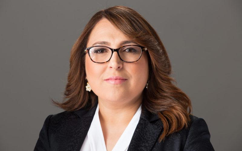Candidata a diputada Emelyn Baldera sostiene urge ministerio Educación sea ente regulador entre colegios y familia