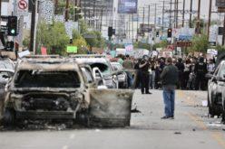 Gobernador de California declara a Los Ángeles en estado de emergencia ante protestas violentas por muerte de George Floyd