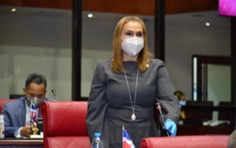 (Video) A la senadora Sonia Mateo no la dejaron hablar en la sesión del viernes del hemiciclo