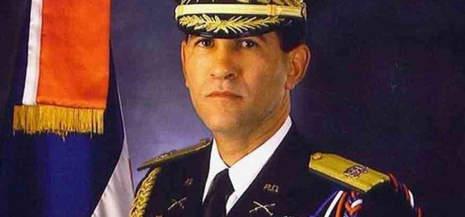 Luis Abinaer anuncia Díaz Morfa será designado ministro de Defensa; José Paliza será Administrativo de la Presidencia