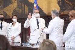 Luis Abinade toma posesión como Presidente de RD; su discurso íntegro