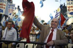 El ex presidente uruguayo José Mujica, con 85 años, renunció al Senado… Y también renunció Julio María Sanguinetti, con 84…