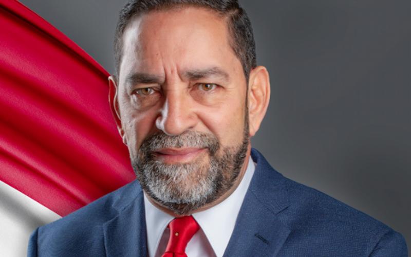Eligio Jáquez, cónsul RD en NY, echa para atrás idea pago impuesto por remesas