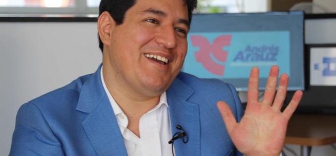 Arauz, delfín de Rafael Correa, se proclama ganador en eleccioes de Ecudor