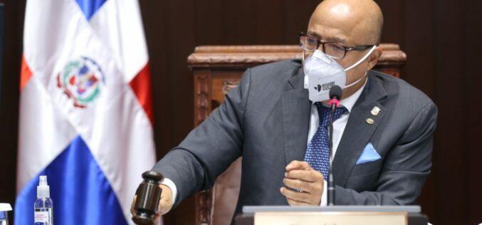 Ni los diputados se han salvado del rebrote de coronavirus en el Gran Santo Domingo