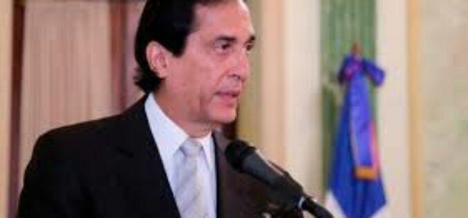 Gustavo Montalvo defiende transparencia de su gestión mientras se desempeñó como ministro Presidencia, a propósito de denuncia de corrupción de Antonio Marte