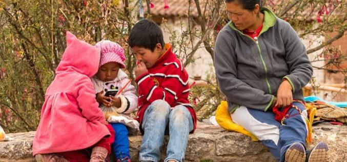 Publicación del Banco Mundial establece que escaso acceso digital frena a América Latina y el Caribe