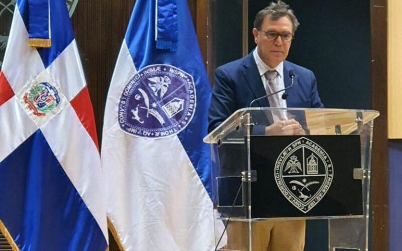 Jottin Cury diserta sobre la importancia del Tribunal Constitucional para los dominicanos